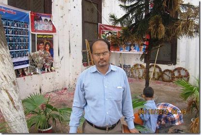 Shamim at the place of twin blast in Peshawar church