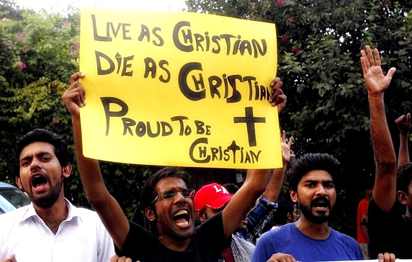 Pakistani Christians Protest Peshawar Terrorism